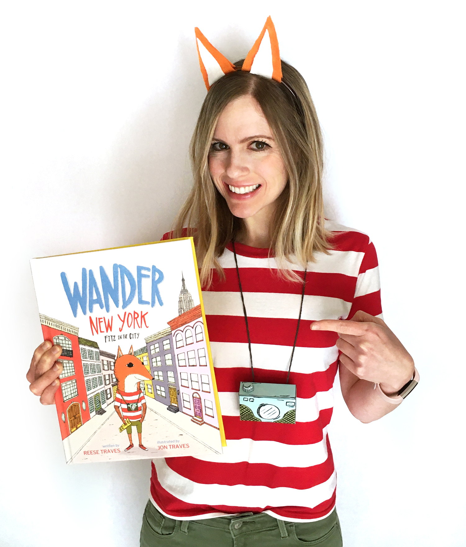 wander new york costume, children's picture book costume, fitz the fox costume, kids book and costume idea, diy world book day costume for kids and teachers, book week costume ideas, fox costume